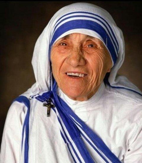 Resultado de imagem para Madre Teresa de Calcutá