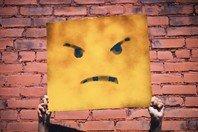 As melhores frases sobre falsidade para lidar com uma decepção