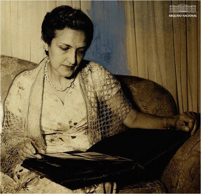Retrato de Cecília Meireles.