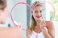 10 frases poderosas de autoestima para repetir todos os dias em frente ao espelho