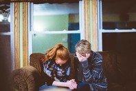 30 frases e mensagens de luto para ajudar a confortar o coração