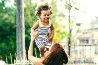 As melhores 94 legendas para foto com filho: partilhe seu amor nas redes sociais!