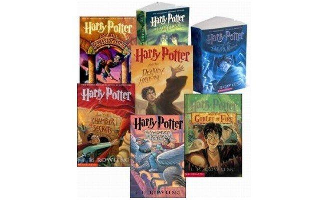 livros: A Saga de Harry Potter, de J. K. Rowling