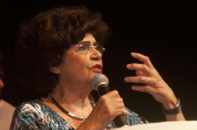 Marilena Chauí.