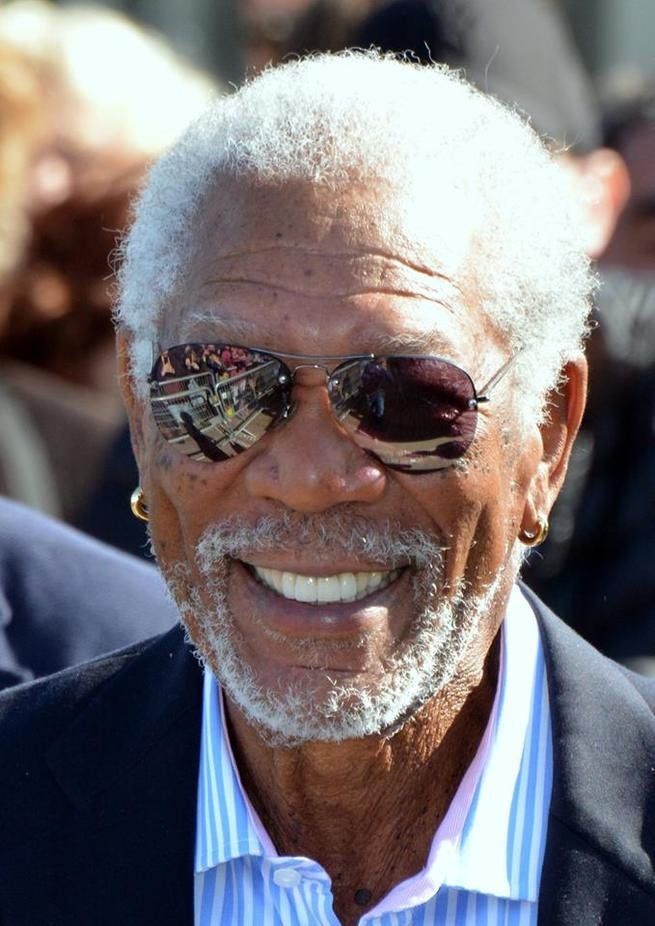Retrato do ator Morgan Freeman.
