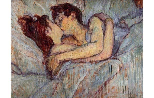 na cama beijo