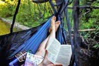 Os 27 melhores livros para ler nas férias (e continuar aprendendo)
